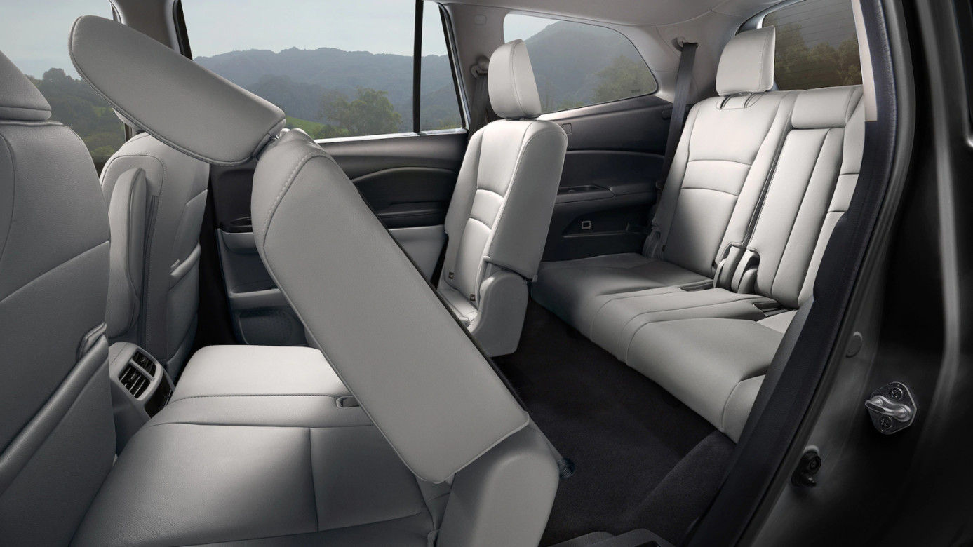 Spacious Rear Seating in the 2020 Honda Pilot
