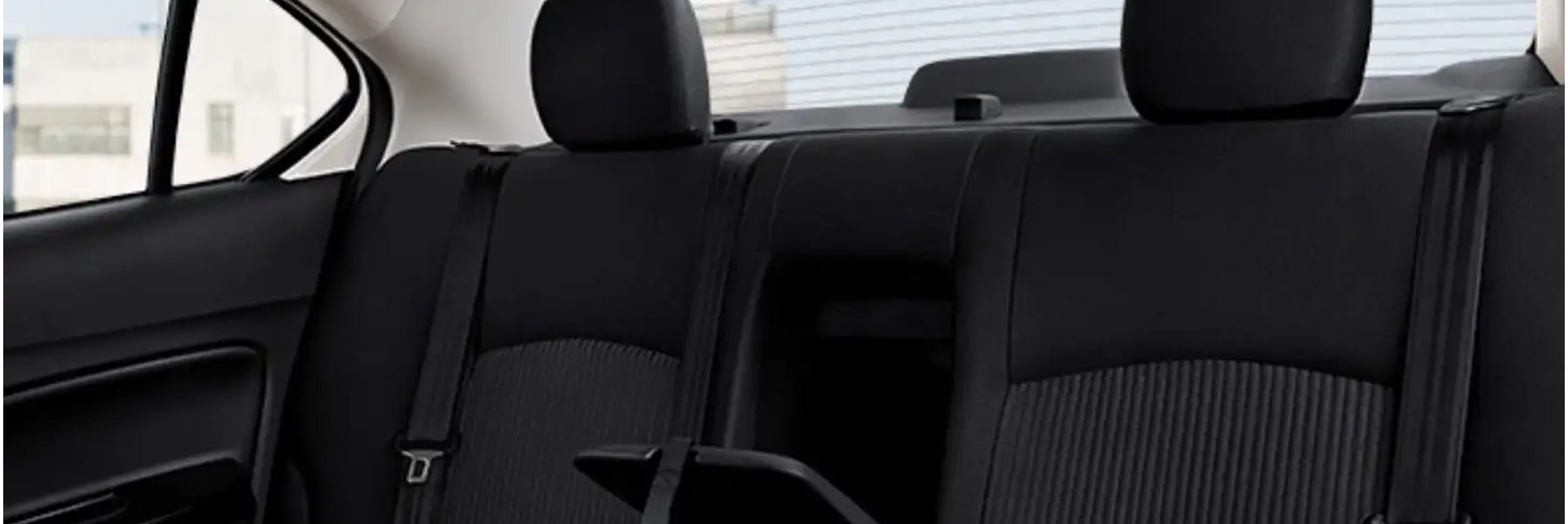 Cozy Seating in the 2020 Mirage G4