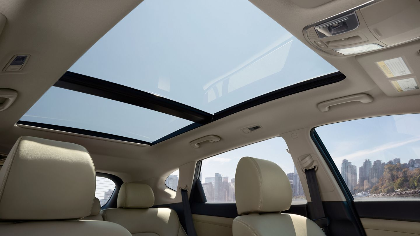 2020 Hyundai Tucson Available Panoramic Sunroof