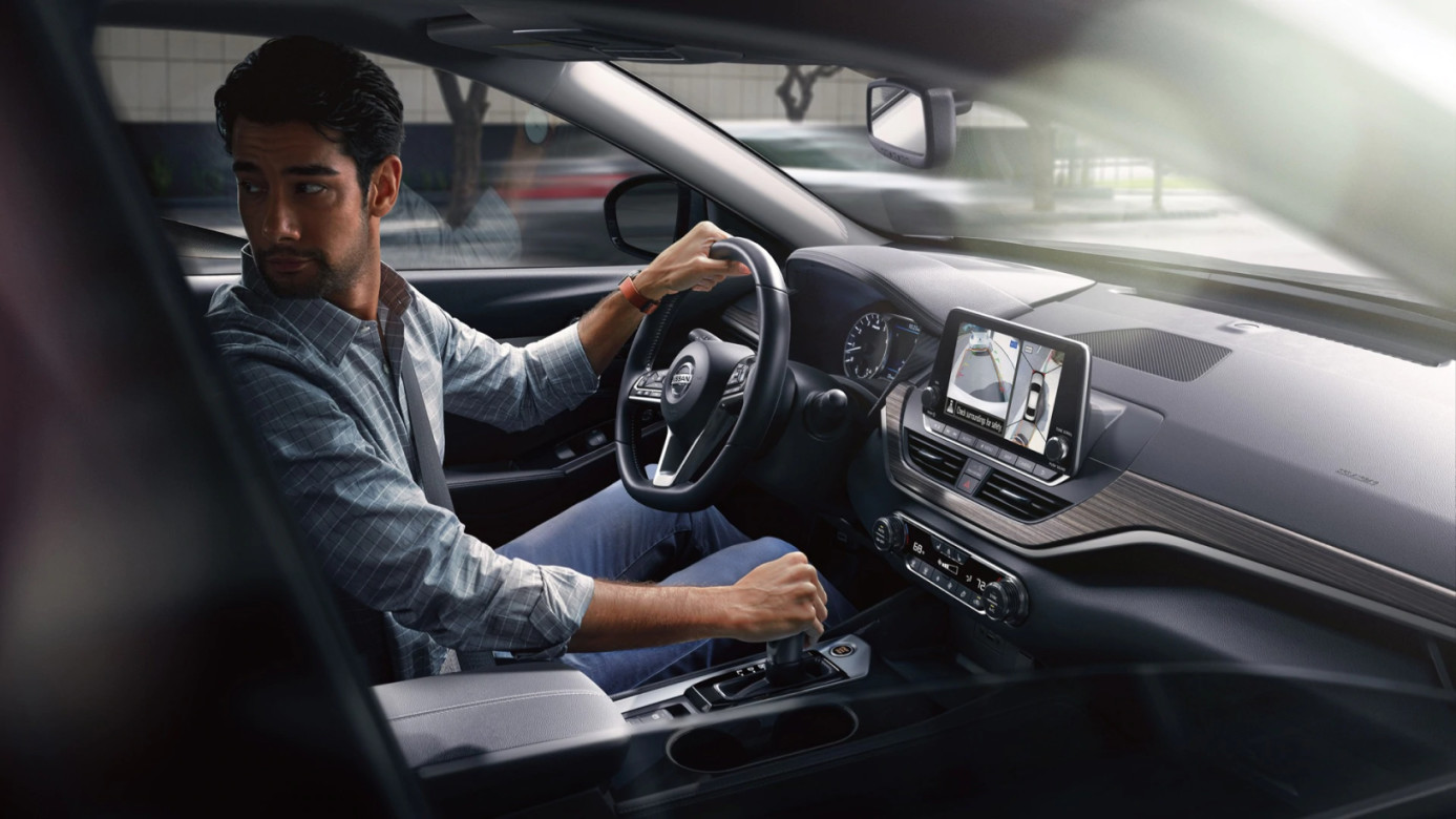 Safety Tech in the 2020 Nissan Altima