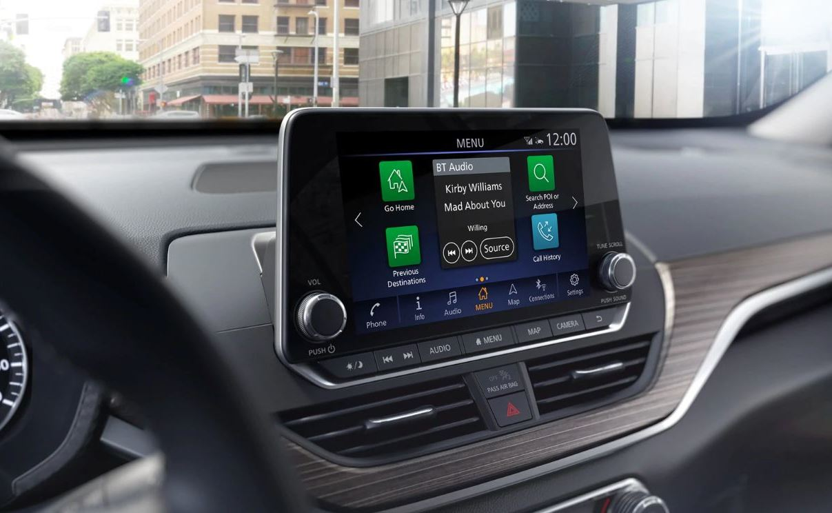 Touchscreen in the 2020 Altima