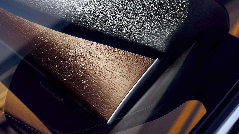 Interior Details on the 2020 Toyota Avalon Hybrid