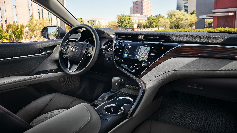 2020 Toyota Camry Cockpit