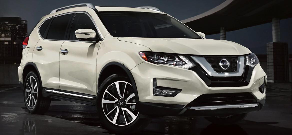 2020 Nissan Rogue vs 2020 Chevrolet Equinox near Westborough, MA
