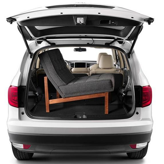The 2016 Pilot Has Plenty of Cargo Space
