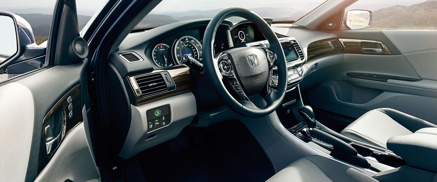 The Well-Equipped Interior of the 2017 Accord!