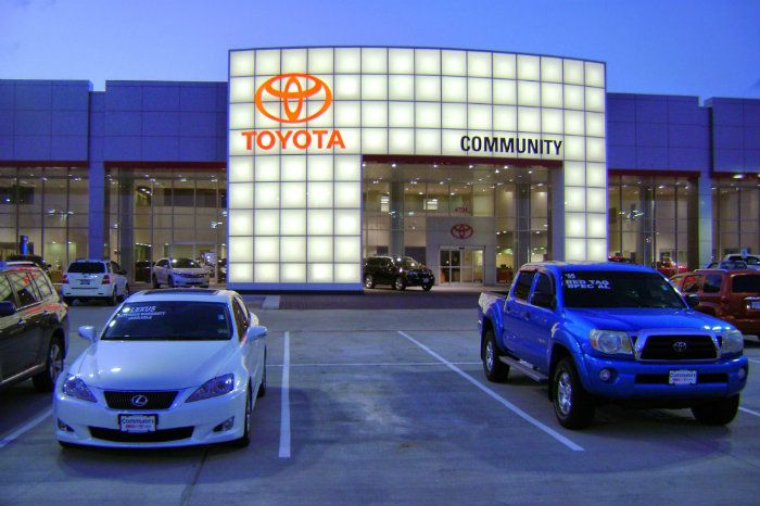 Directions to our Toyota dealer serving Houston
