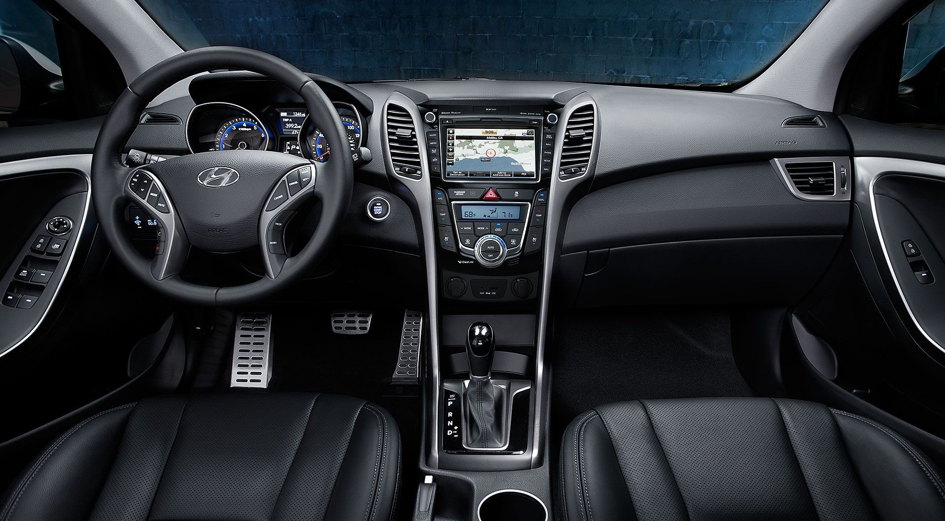 Elantra GT Interior Amenities