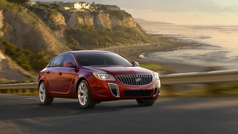 mid ca buick regal sport sedan luxury canada technology sportback size