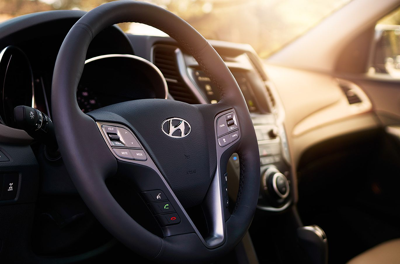 Hyundai Santa Fe Sport Steering Wheel-Mounted Controls