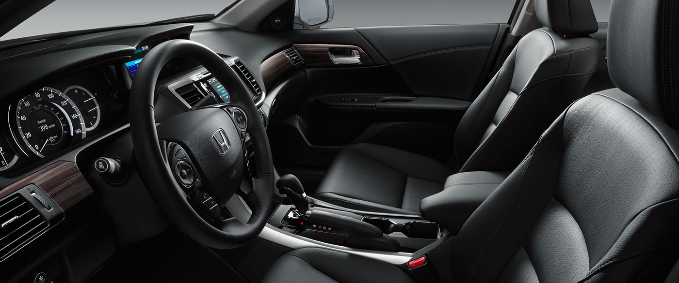 Take a Seat Inside of the Honda Civic!