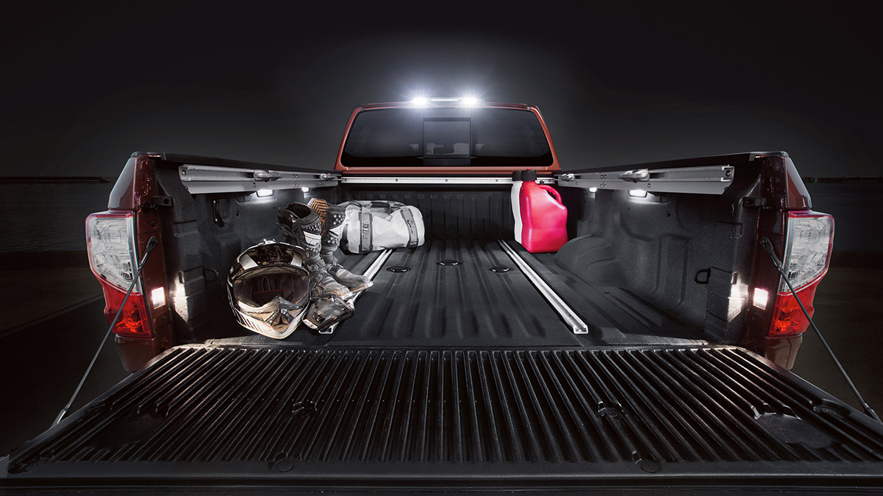 2017 Nissan Titan XD Commodious Truck Bed