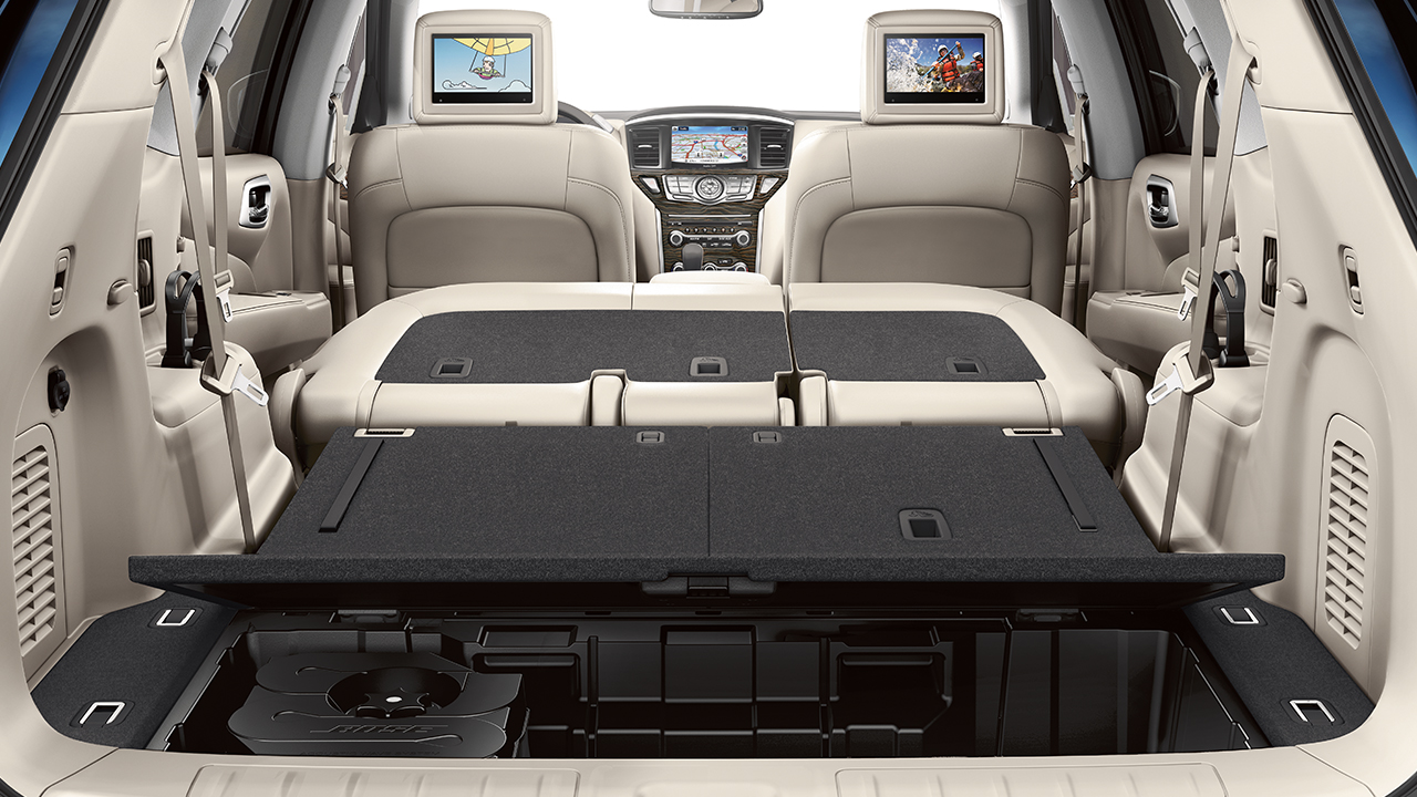 The Roomy, Versatile Interior of the 2017 Pathfinder