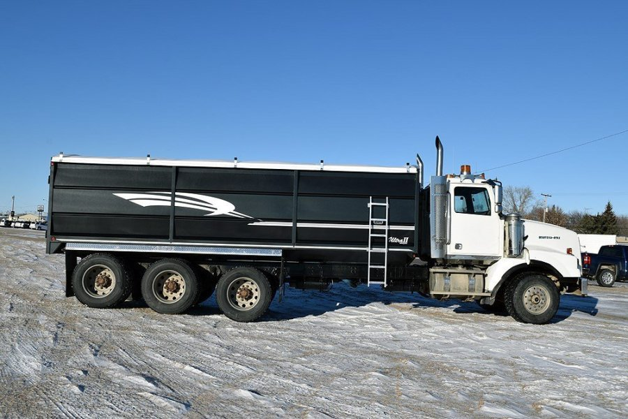 Grain Trucks For Sale >> Used Grain Trucks For Sale Near Regina Sk Watrous Mainline Motor