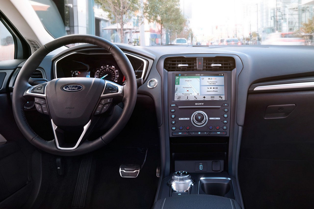 The Interior of the 2017 Fusion