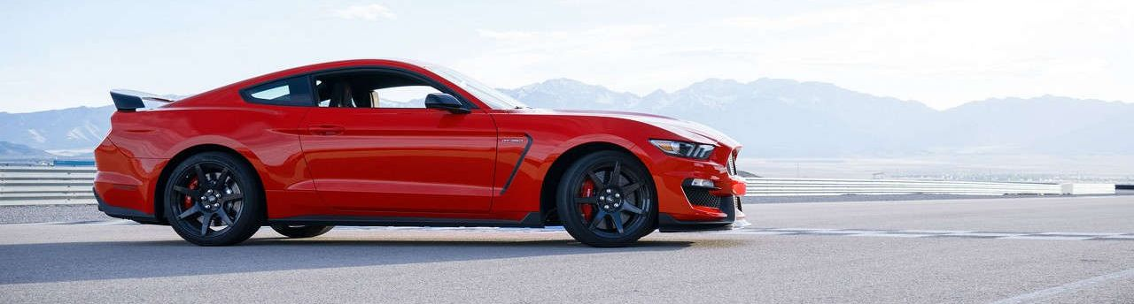 2017 Ford Mustang vs 2017 Dodge Challenger in Garland, TX
