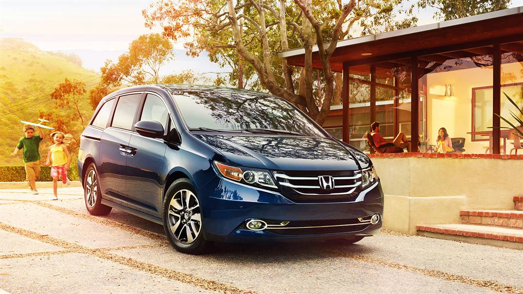 2017 Honda Odyssey Vs 2017 Toyota Sienna In Baltimore, MD