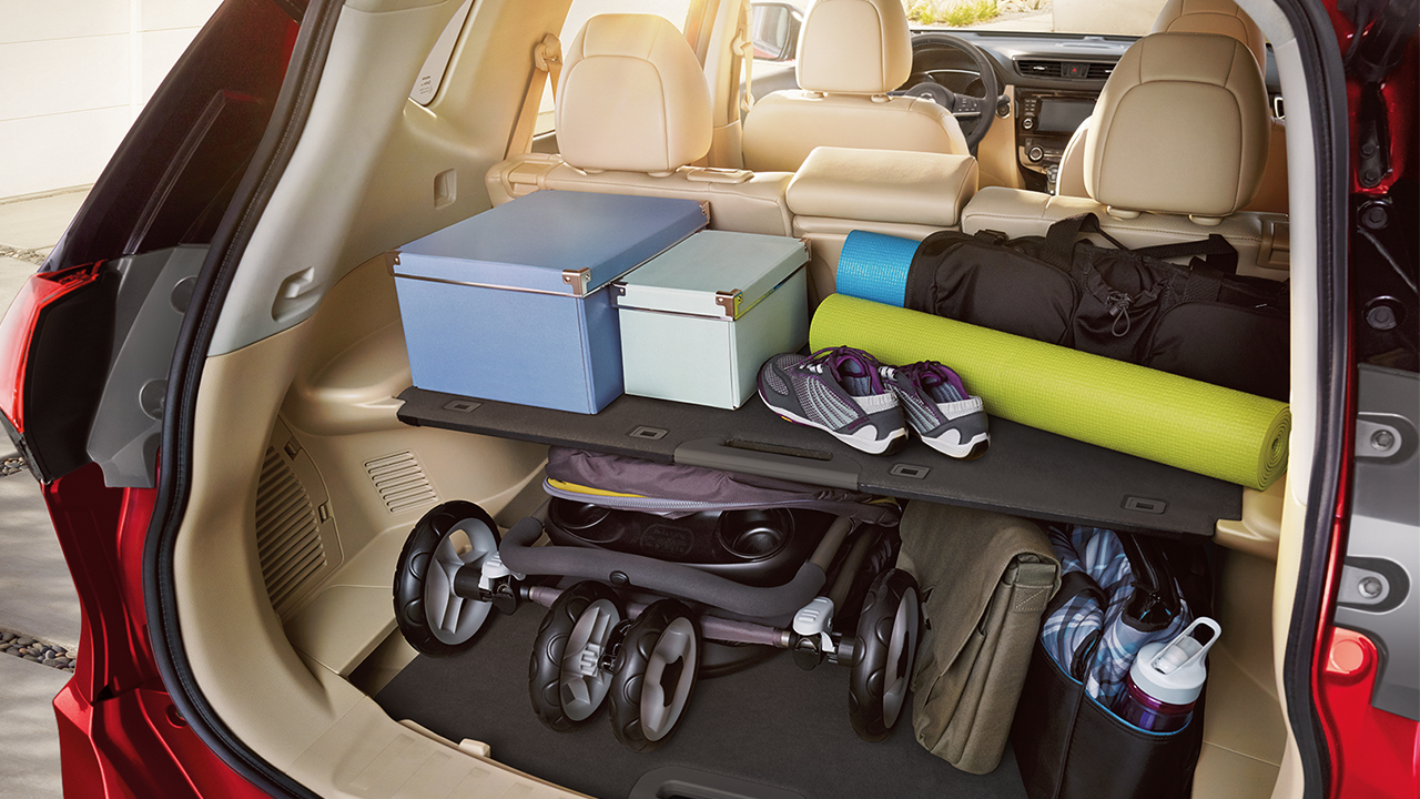 Divide-N-Hide® Cargo System in the Rogue