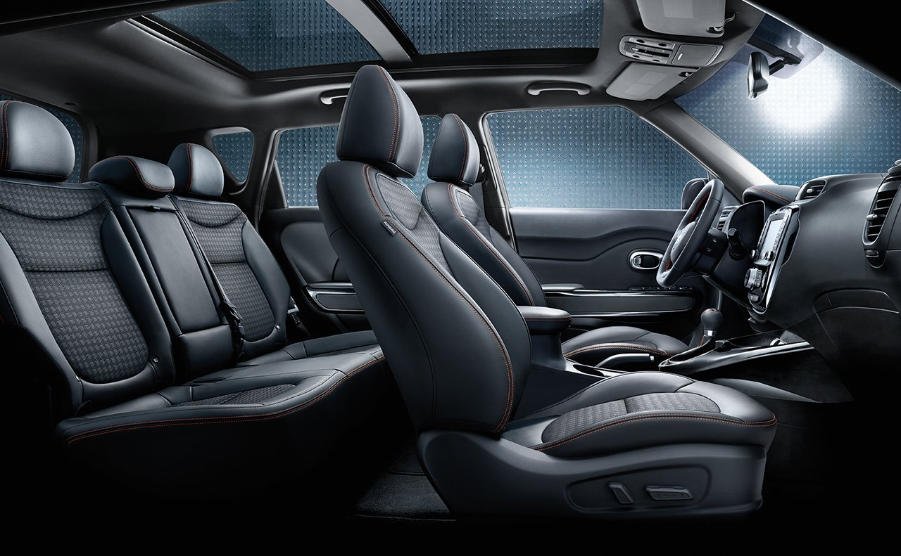 Interior of the 2017 Kia Soul