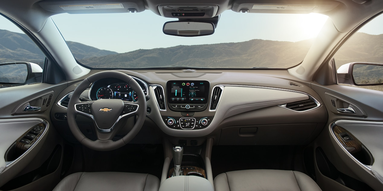 Interior of the 2017 Chevy Malibu