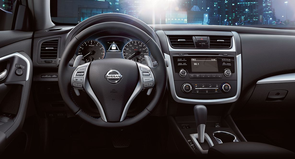 Altima Boasts Bluetooth® Hands-free Phone System®