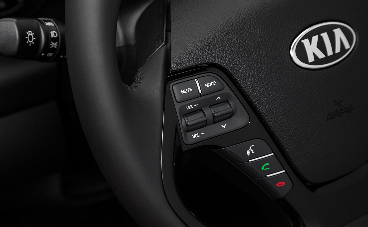 Kia Forte Steering Wheel-mounted Controls