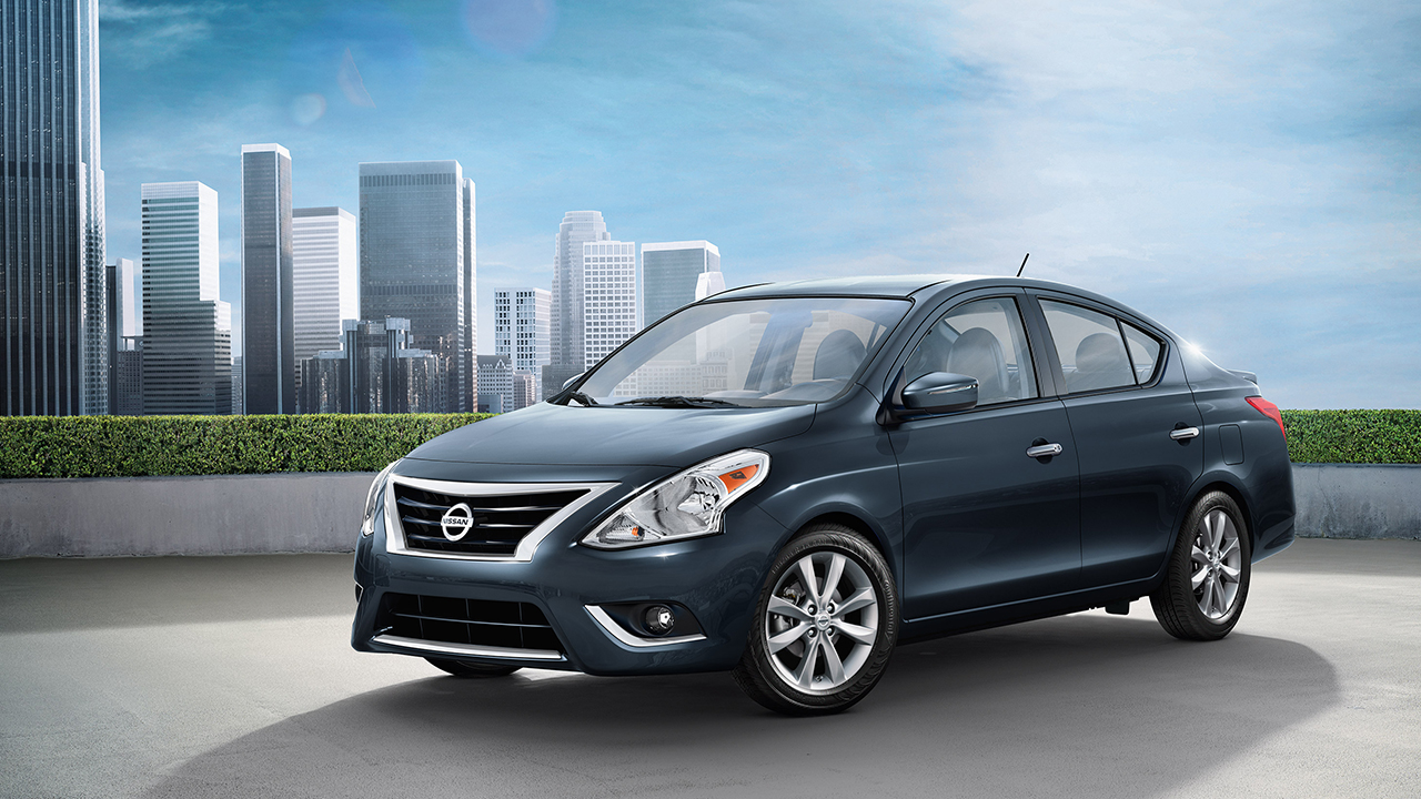 2017 Nissan Versa for Sale near Aurora, IL