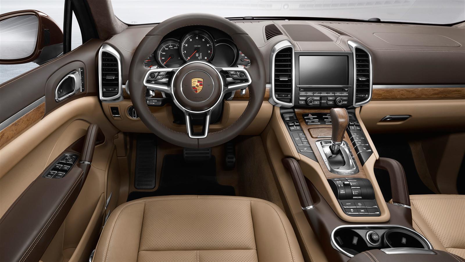 2017 Porsche Cayenne Dashboard And Center Stack