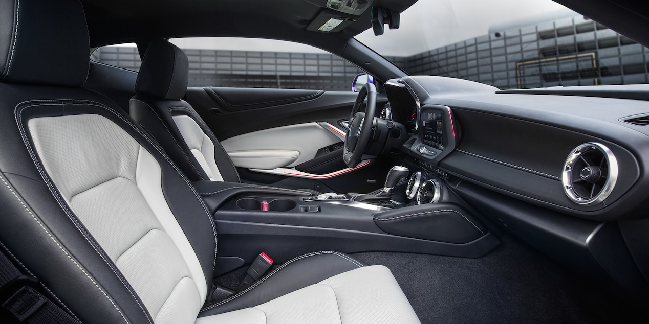 Sporty Interior of the 2017 Camaro