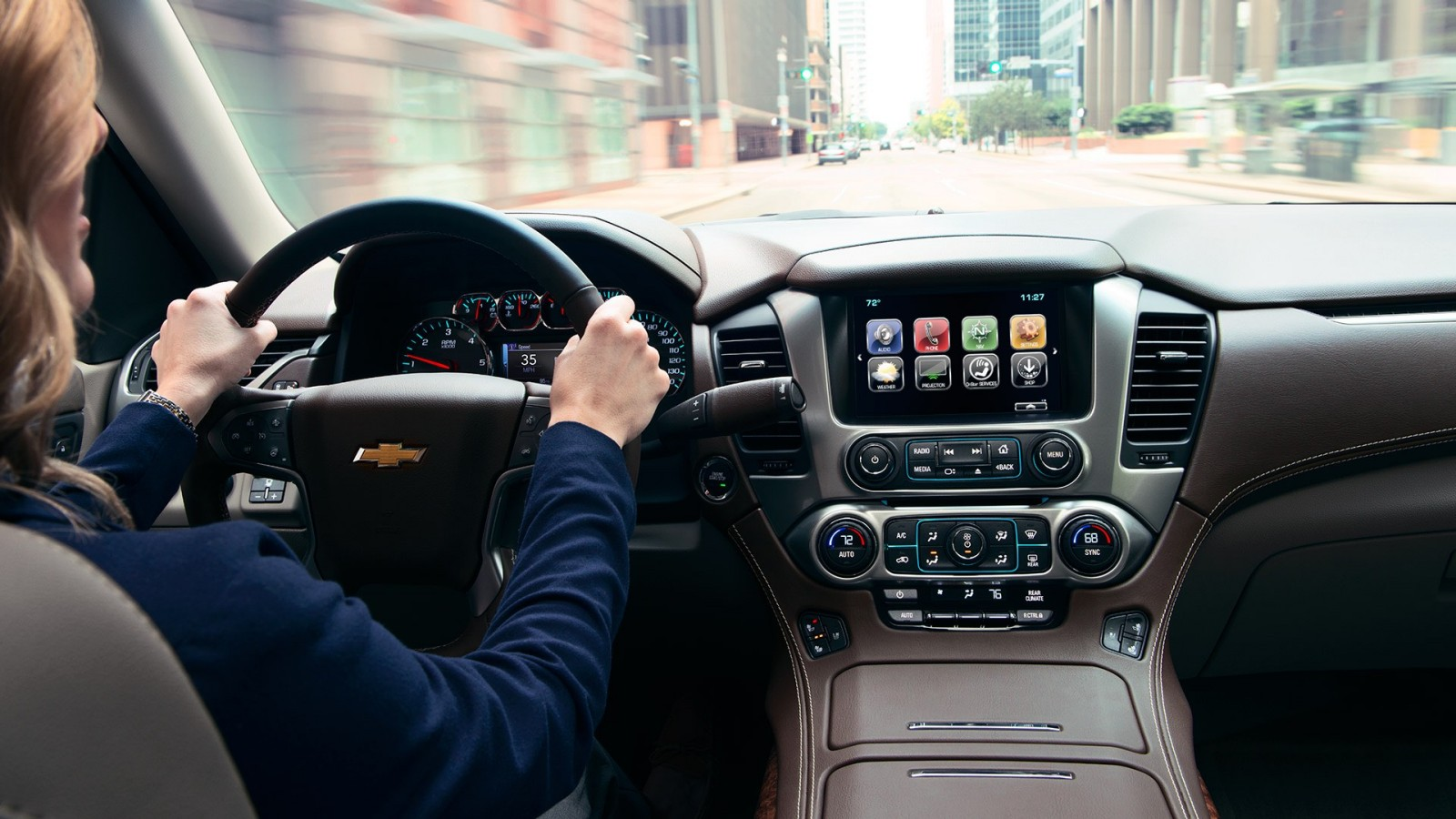8-inch Color Touchscreen in the Chevy Suburban