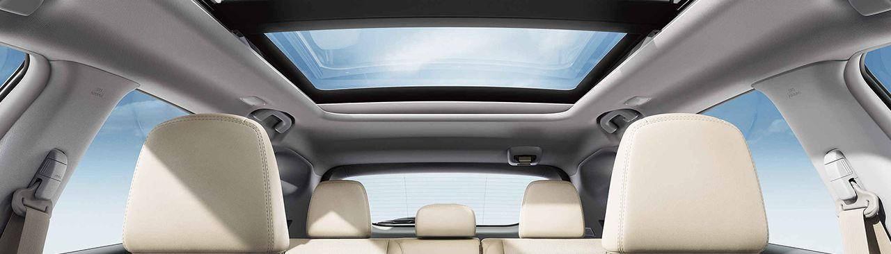 2017 Nissan Murano Interior with Available Panoramic Moonroof