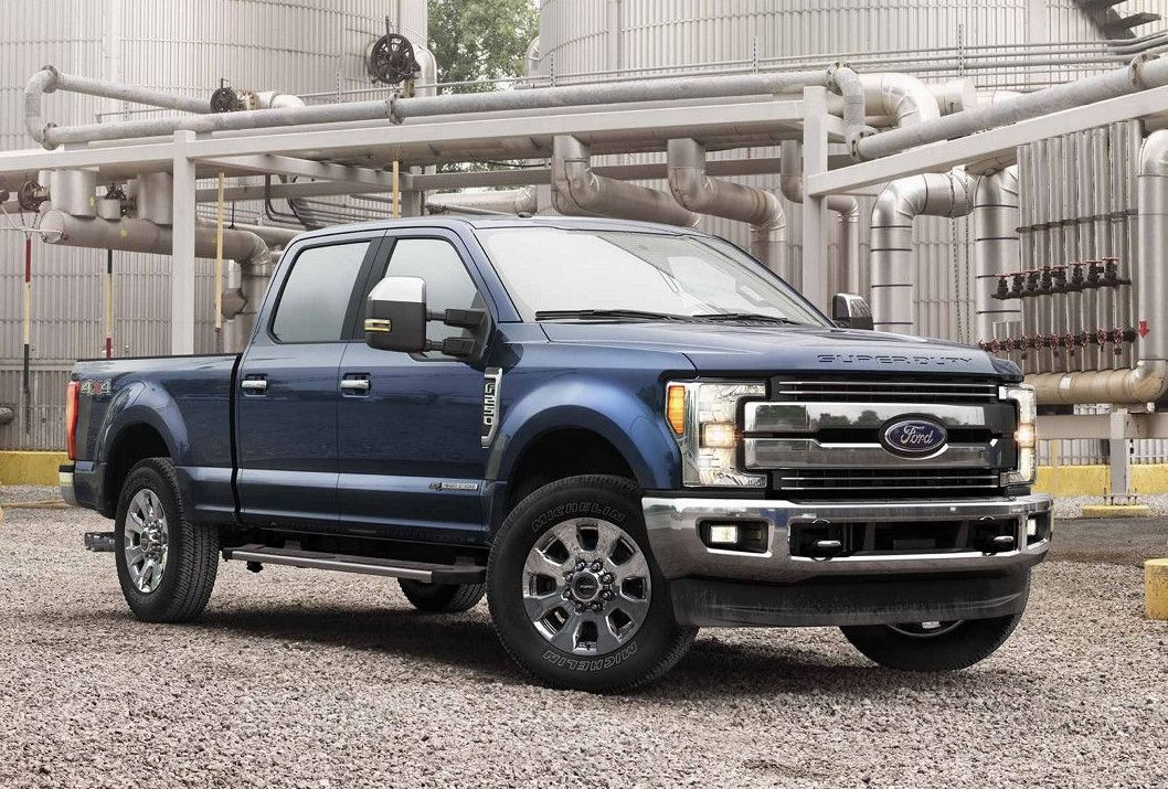 2017 Ford F-250 Super Duty vs 2017 Ram 2500 in Garland, TX