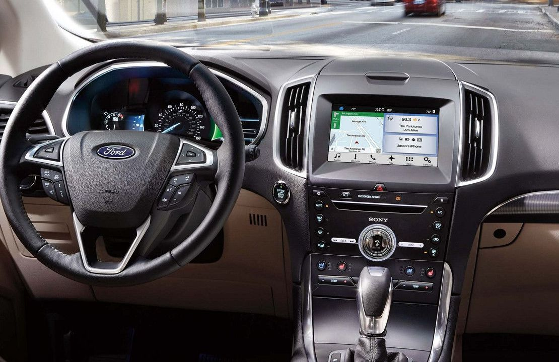 Ford Edge Feature-Packed First Row