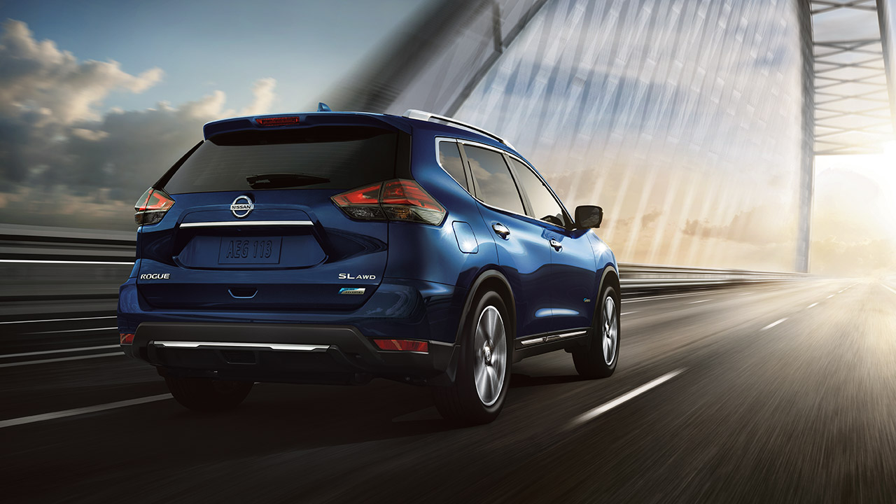 Nissan Rogue Owners Manual: Spark plugs