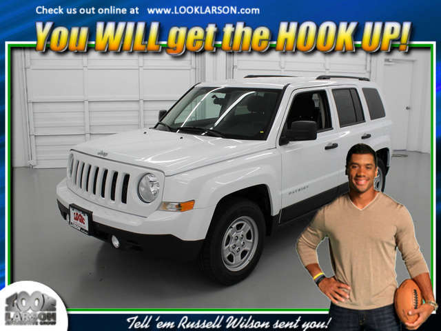2014 Jeep Patriot near Tacoma at Larson Chrysler Jeep Dodge Ram