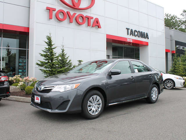 2014 Toyota Camry Hybrid Leasing near Olympia at Toyota of Tacoma