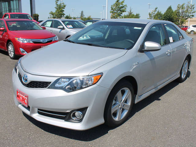 2014 Toyota Camry Hybrid for Sale in Burlington at Foothills Toyota