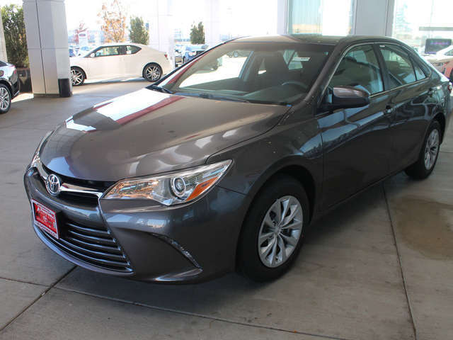 New 2015 Camry for Sale near Bellingham at Foothills Toyota