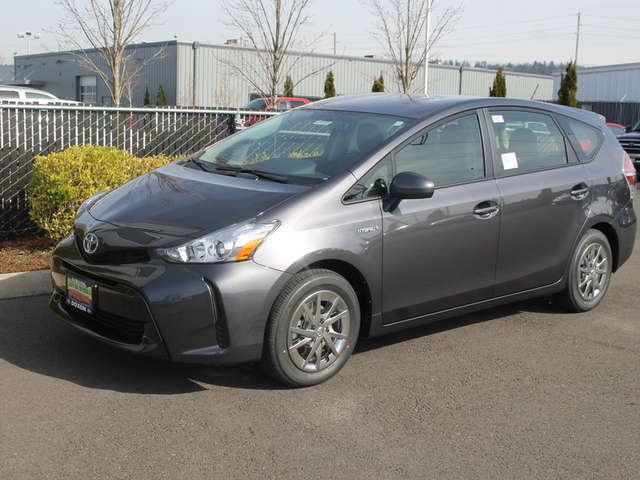 New Toyota Hybrids for Sale in Auburn at Doxon Toyota