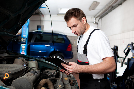 Toyota Engine Inspection near Oak Harbor at Foothills Toyota