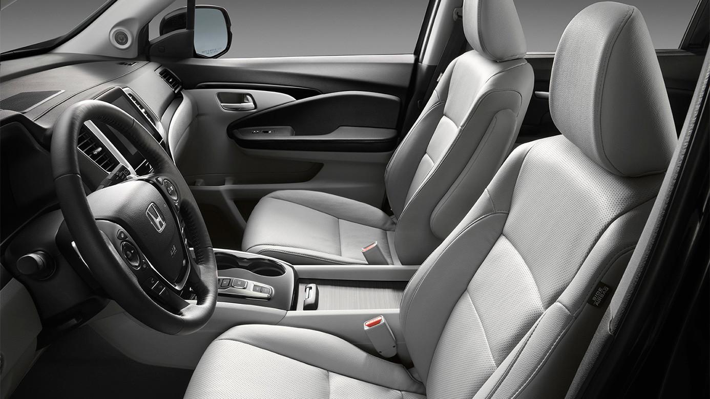 2016 Honda Pilot Premium Seating