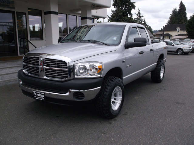 pre owned dodge trucks for sale near sumner puyallup car and truck. Black Bedroom Furniture Sets. Home Design Ideas
