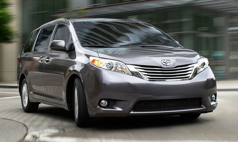 2015 Toyota Sienna for Sale near Tacoma at Doxon Toyota