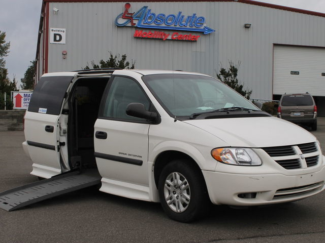 e6ff6766a51b83 Dodge Wheelchair Vans for Sale by Owner in Woodinville at Absolute Mobility  Center