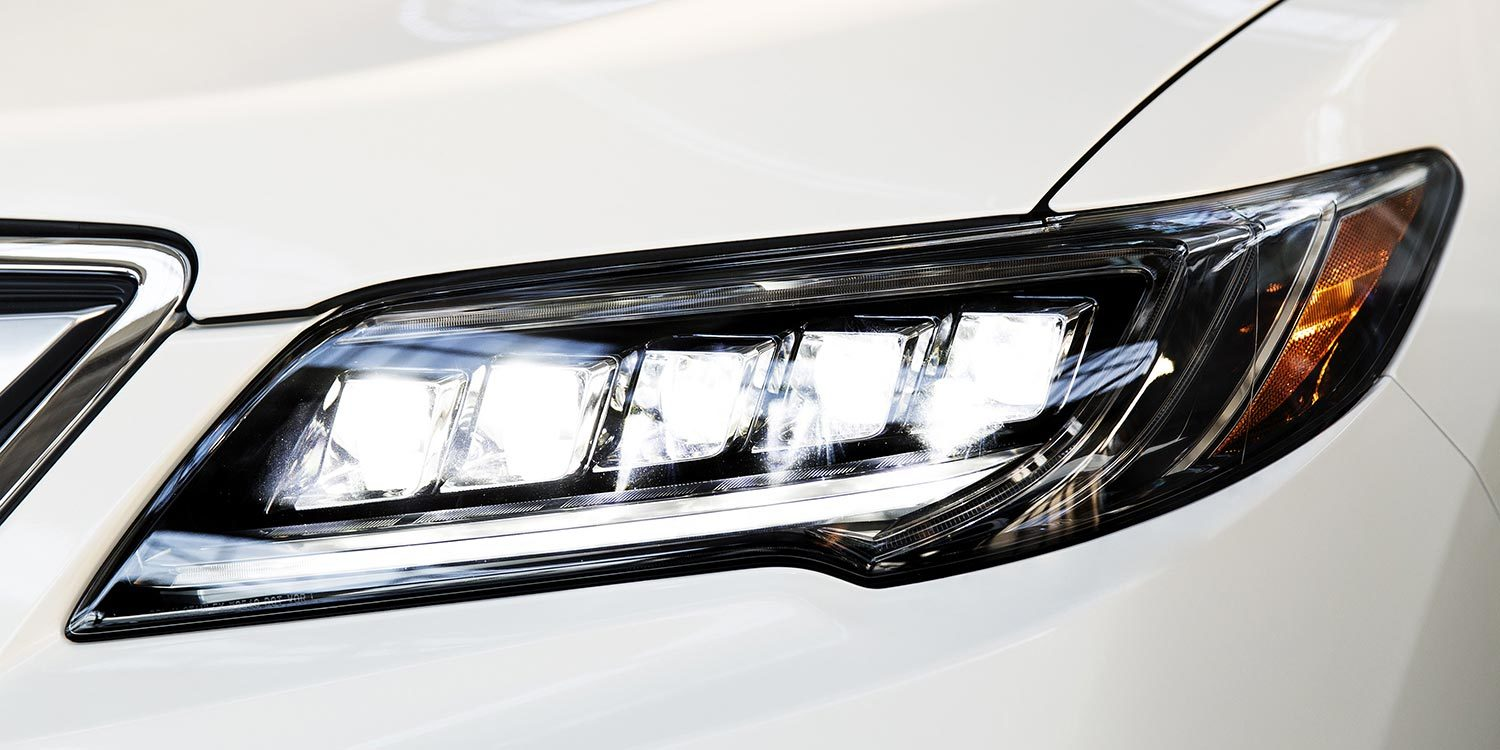 Jewel-Eye LED Headlights on the 2016 Acura RDX