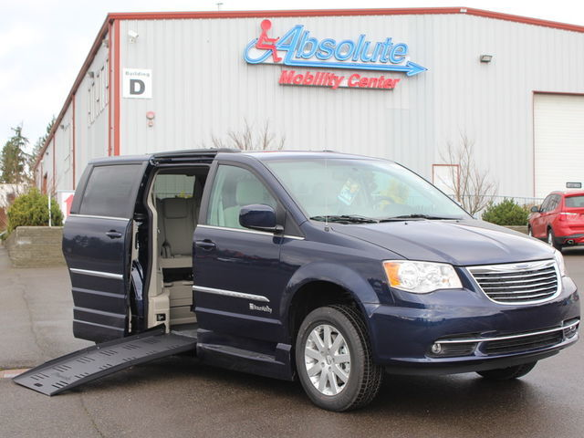 Award-Winning Wheelchair Van Dealer in Woodinville at Absolute Mobility Center