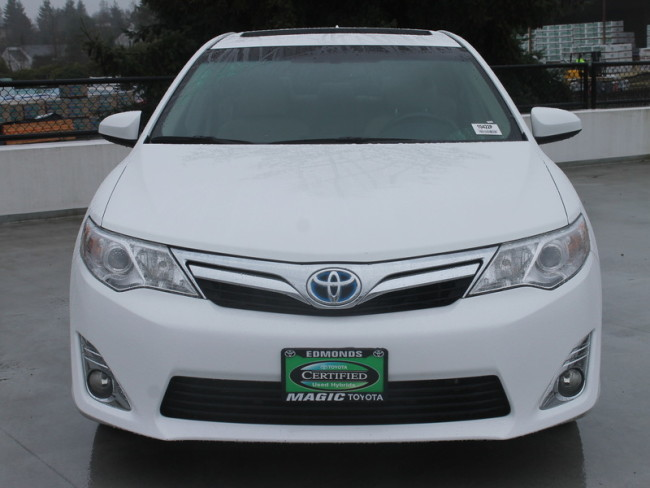 used toyota camry hybrid for sale near lynnwood magic toyota. Black Bedroom Furniture Sets. Home Design Ideas