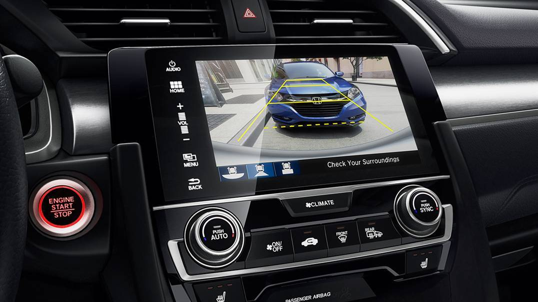 Multi-Angle Rearview Camera with Guidelines on the 2016 Civic