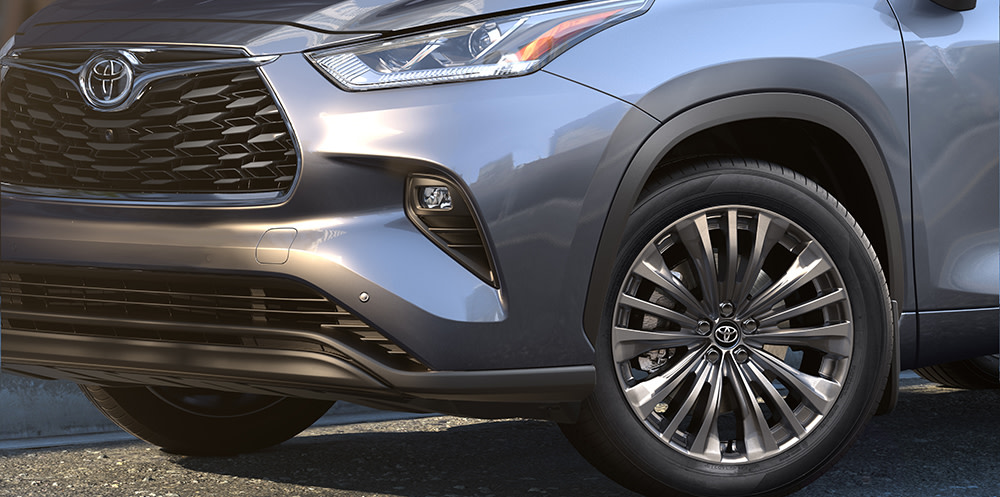 Comparison of the 2020 Toyota Highlander and the 2020 Kia Telluride at Tri County Toyota of Royersford | The Tire of the 2020 Toyota Highlander