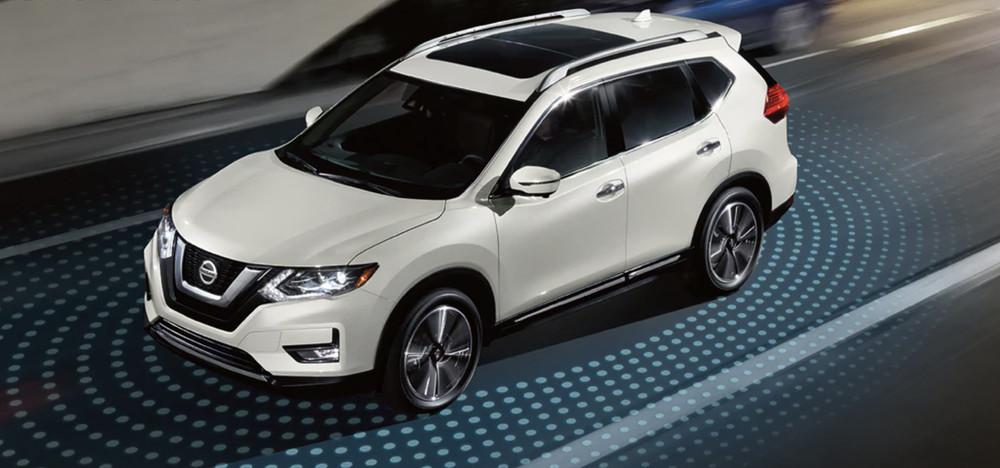 2020 Nissan Rogue vs 2020 Hyundai Tucson near Westborough, MA